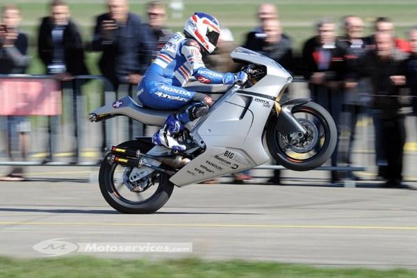Suter MMX 500 deux temps: le nec plus ultra des World Bike GP...