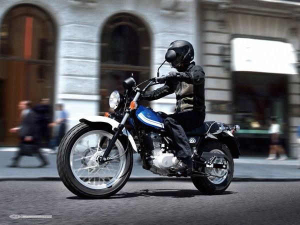 Nouveauté 2016 - Eicma - Suzuki VanVan 200