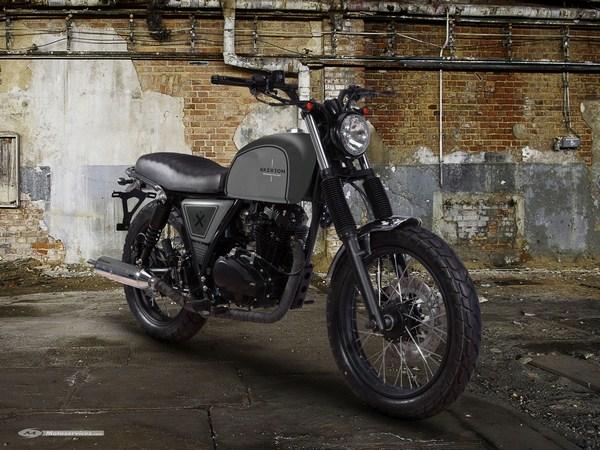 nouveaut 2016 eicma brixton bx 125 une 125 n o r tro de plus moto dz. Black Bedroom Furniture Sets. Home Design Ideas