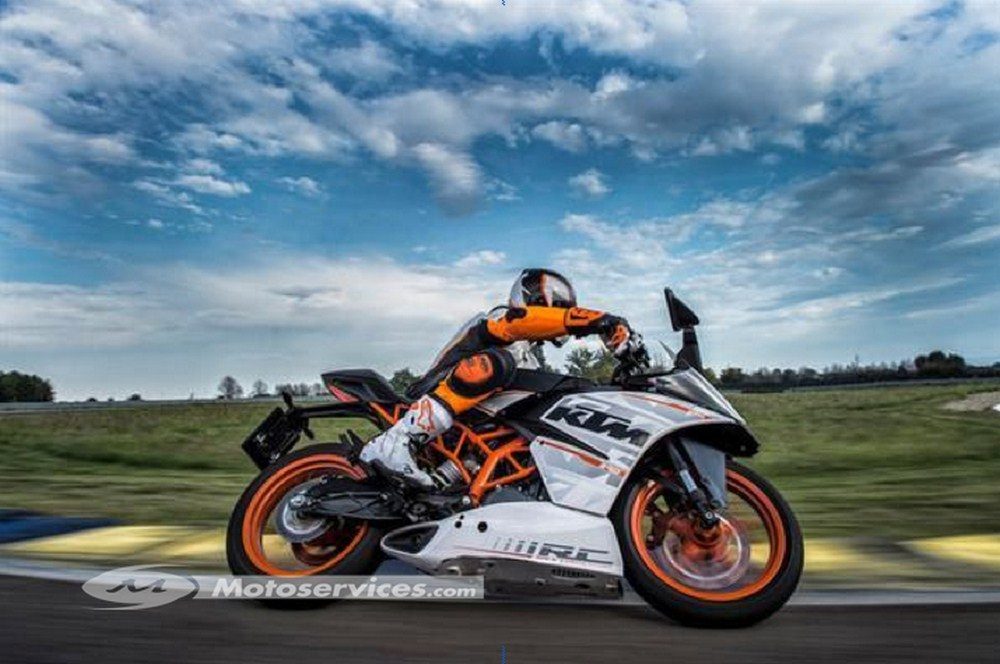 KTM : promos sur les Duke - RC 2015 et les 1190 Adventure