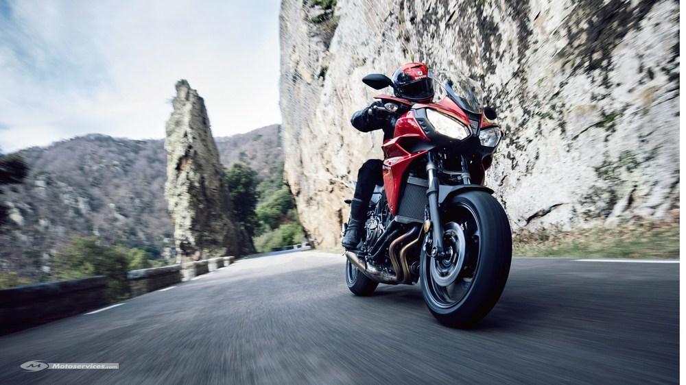 Yamaha dévoile sa Tracer 700 - elle arrive cet été