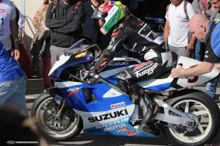Premier tours de roues de Zarco sur une Suzuki GP500