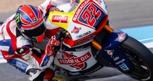 Rossi, Bulega, Lowes en pole