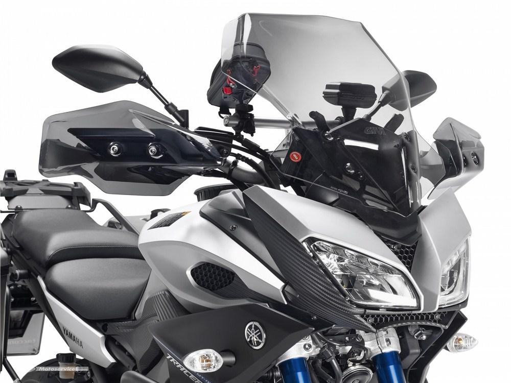 La Yamaha MT-09 Tracer équipée pour le voyage par Givi