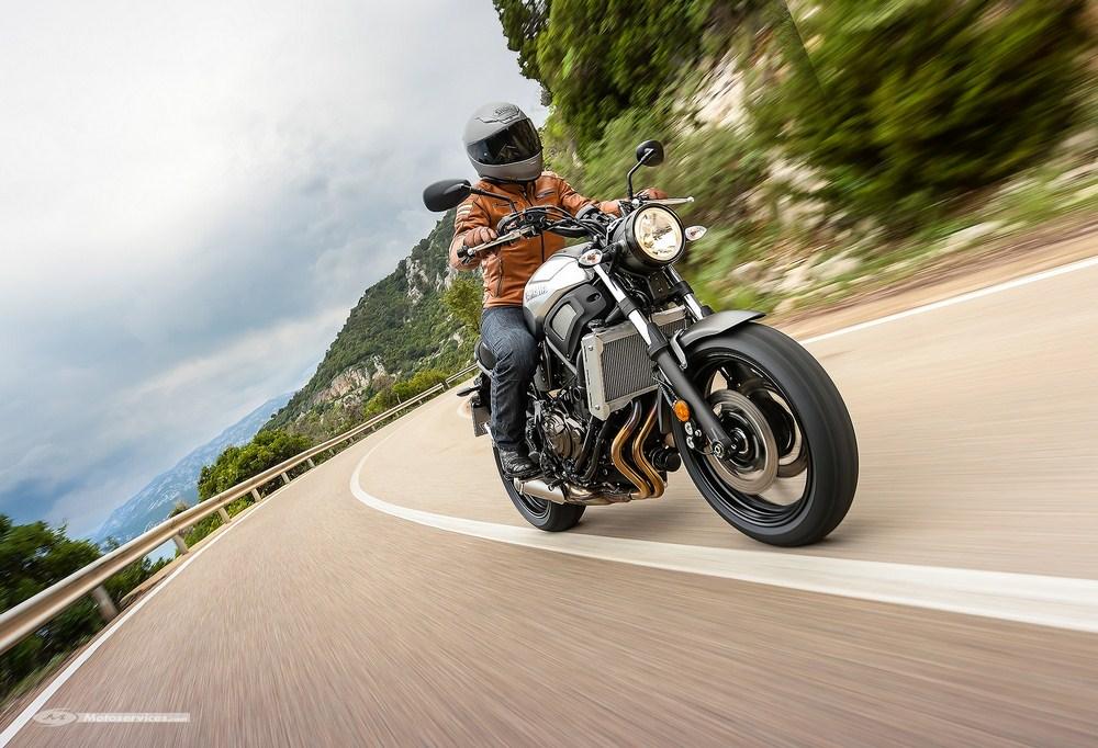 Yamaha XSR 700 dispo en 35 kW