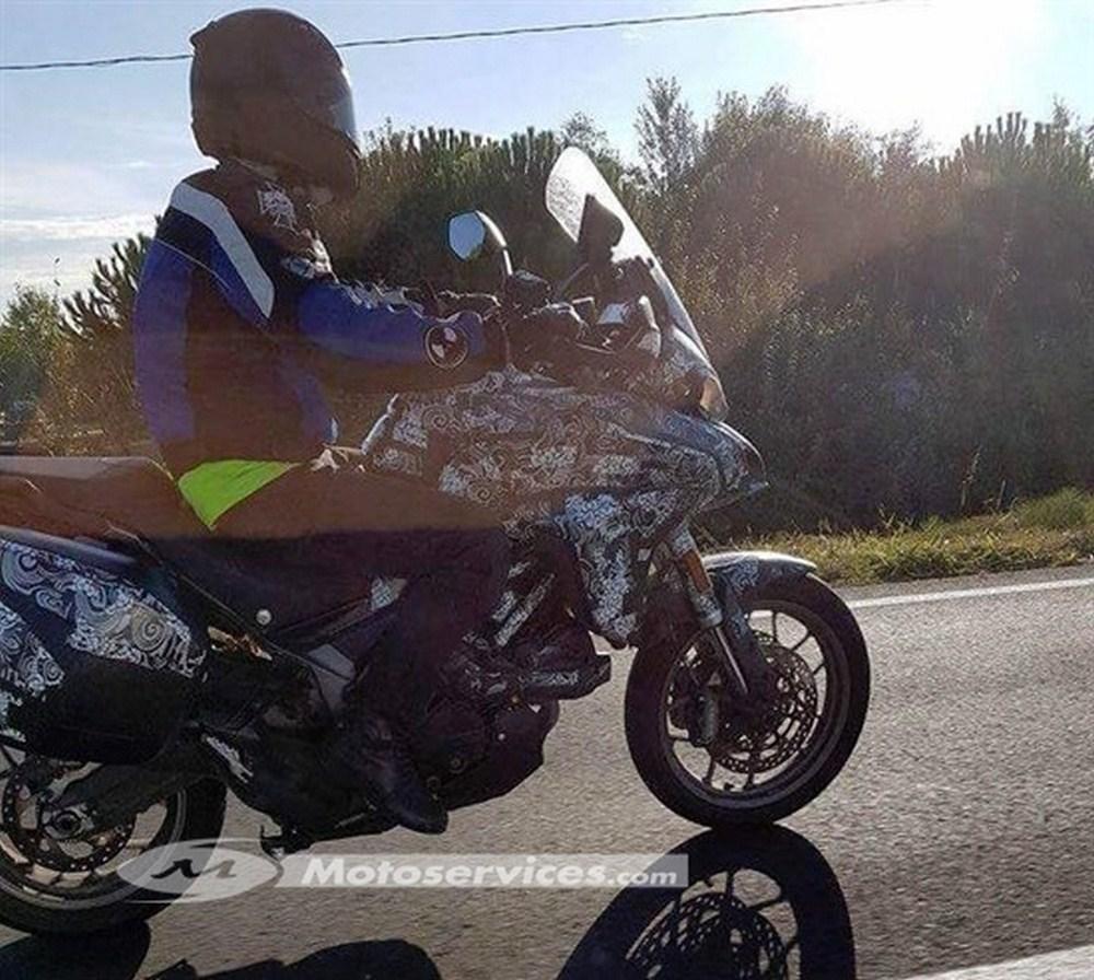 Nouvelle Ducati Multistrada 939 : première image (volée)