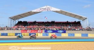 Moto GP 2017 au Mans : Tribune Marquez déjà complète