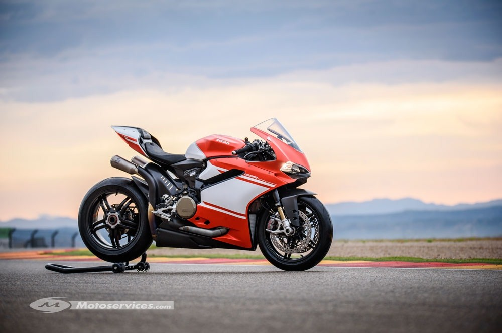 Nouveauté 2017 : Ducati 1299 Superleggera