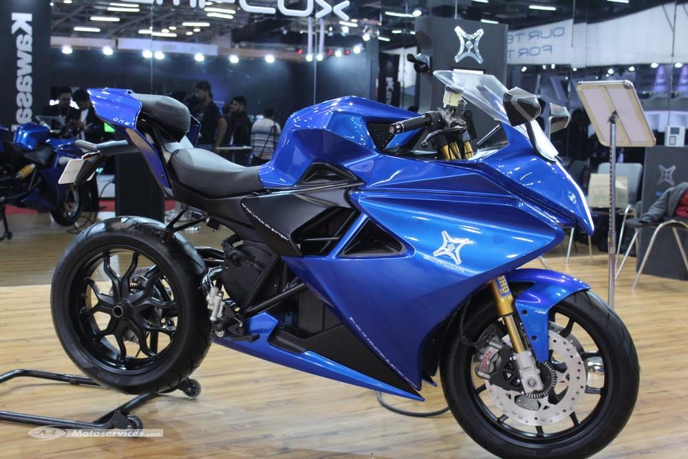 Emflux One, la superbike indienne électrique à 9000 $ !