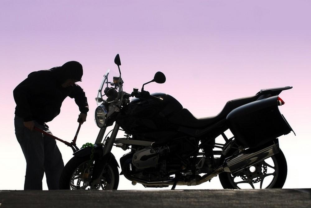 Info Trafic Algérie alerte les usagers de deux roues sur des agressions et vol de moto