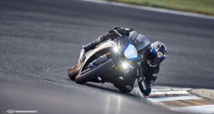 commandes de la Yamaha R1M 2020