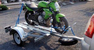 Nos conseils pour emporter votre moto sur une remorque